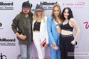 Tish Cyrus Billy Ray Cyrus Noah Cyrus and DJ Brandi Cyrus